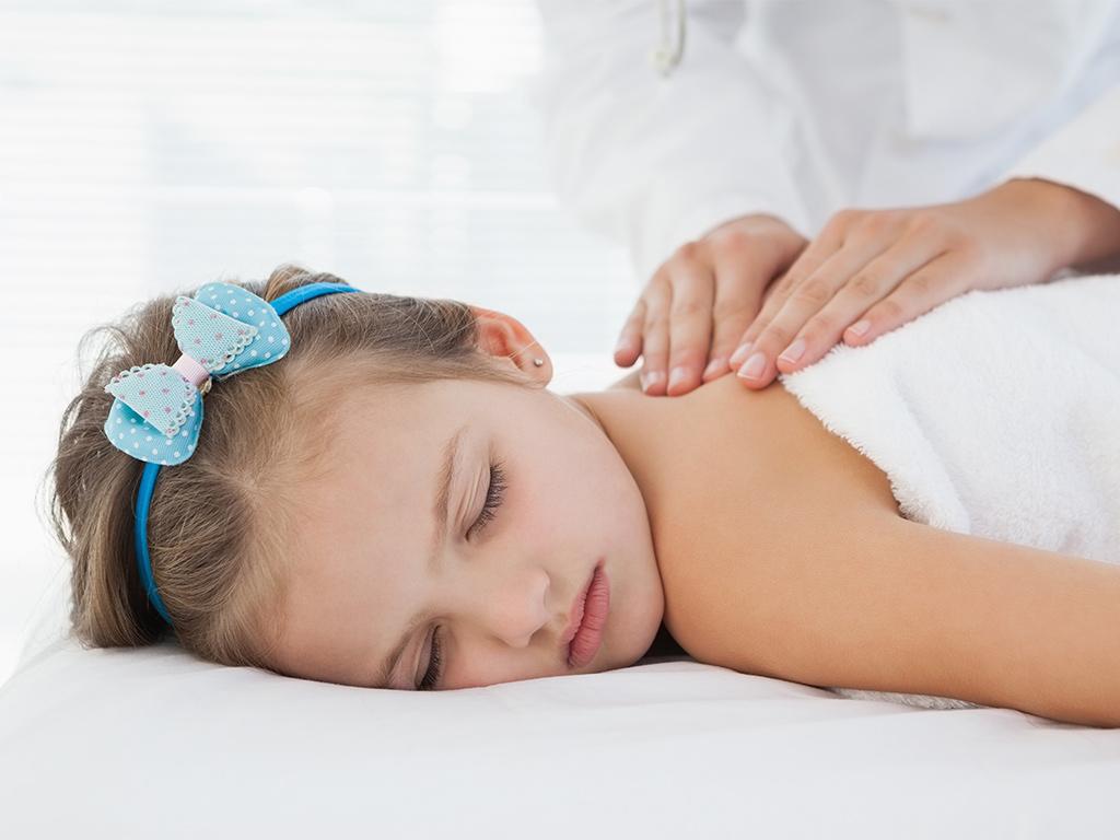 Bild zu Kindermassage